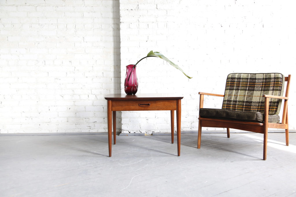 Midcentury modern coffee / side table by Lane