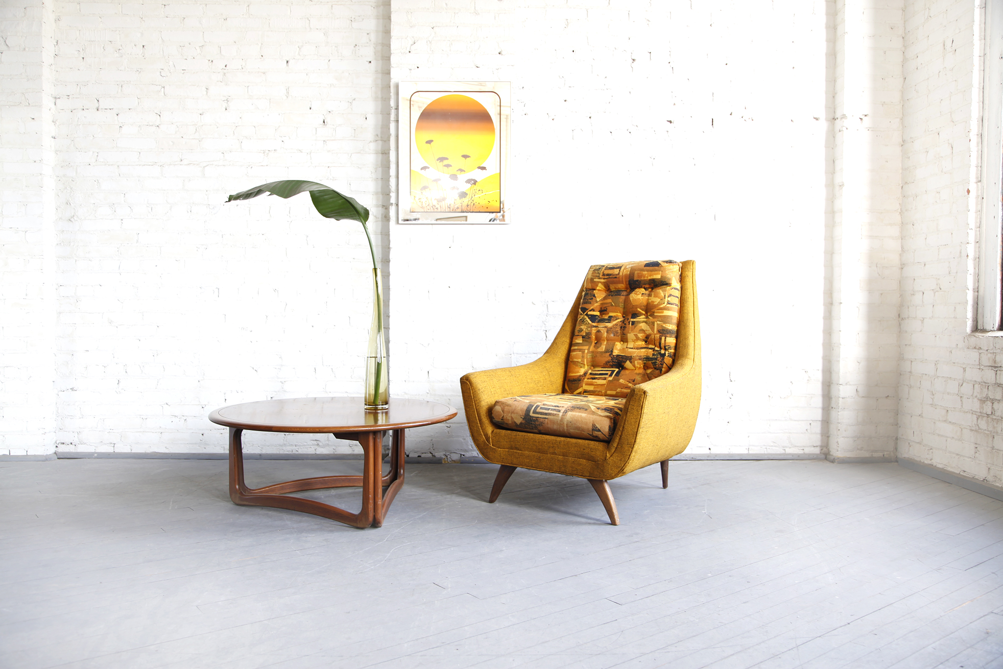 Mid Century Modern Atomic Style Lounge Chair