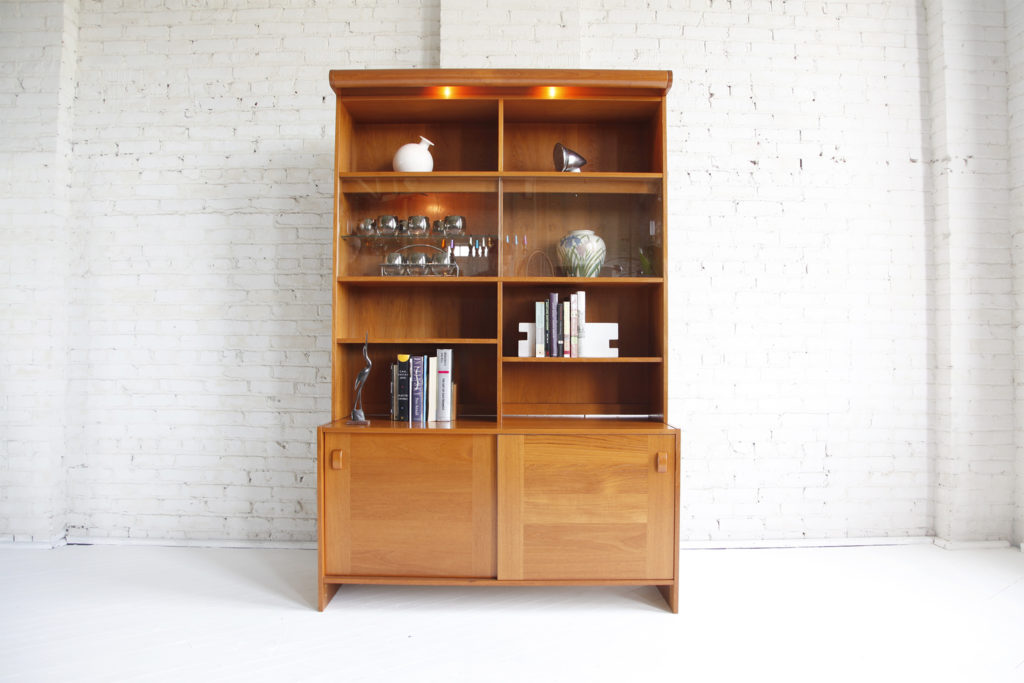 Midcentury modern china cabinet (Domino furniture)