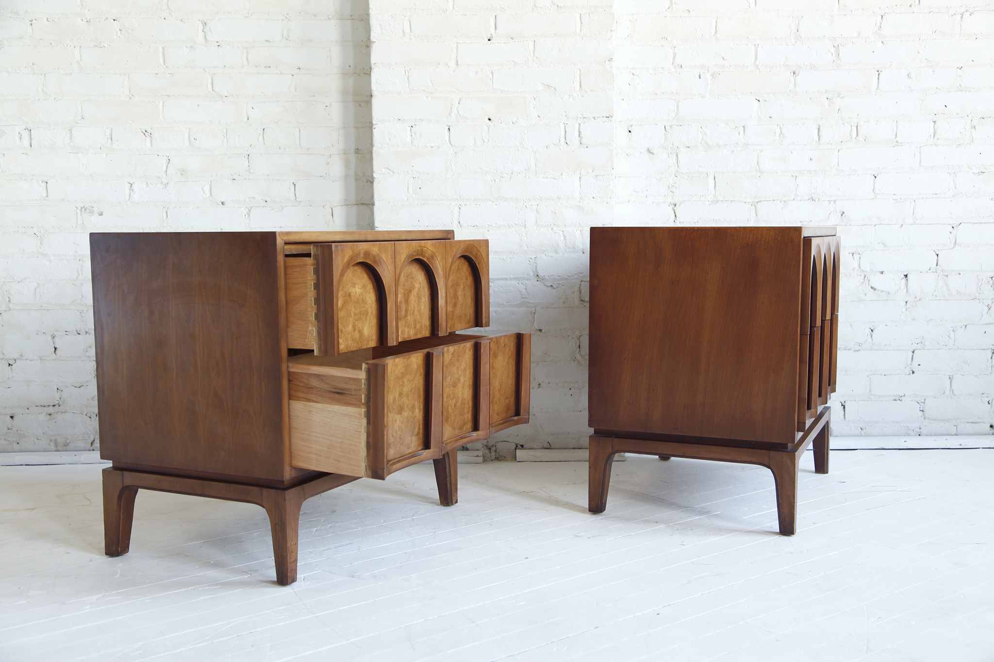 Sold Mid Century Modern Burl Wood Nightstands Omasa Projects