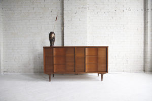 Mid century modern 6 drawer dresser by H.Bogin&Son inc