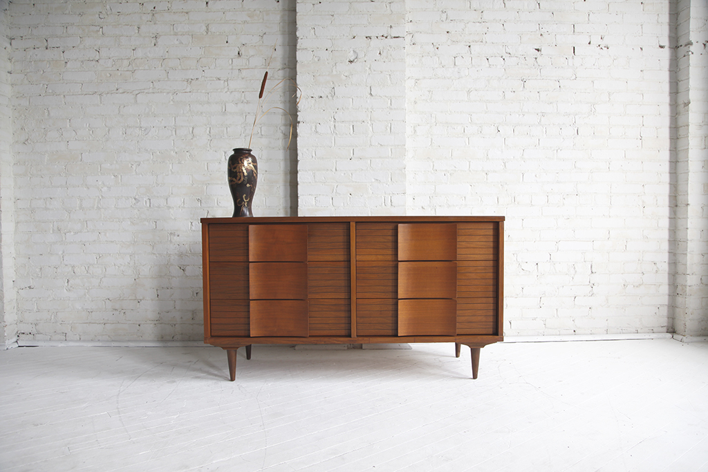 Mid century modern 6 drawer dresser by H.Bogin&Son inc 001