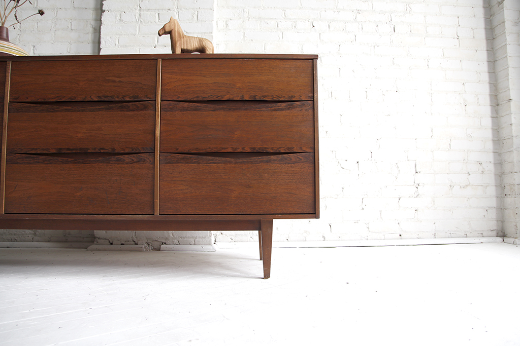 SOLD 9 drawer dresser by Bassett Furniture – omasa projects