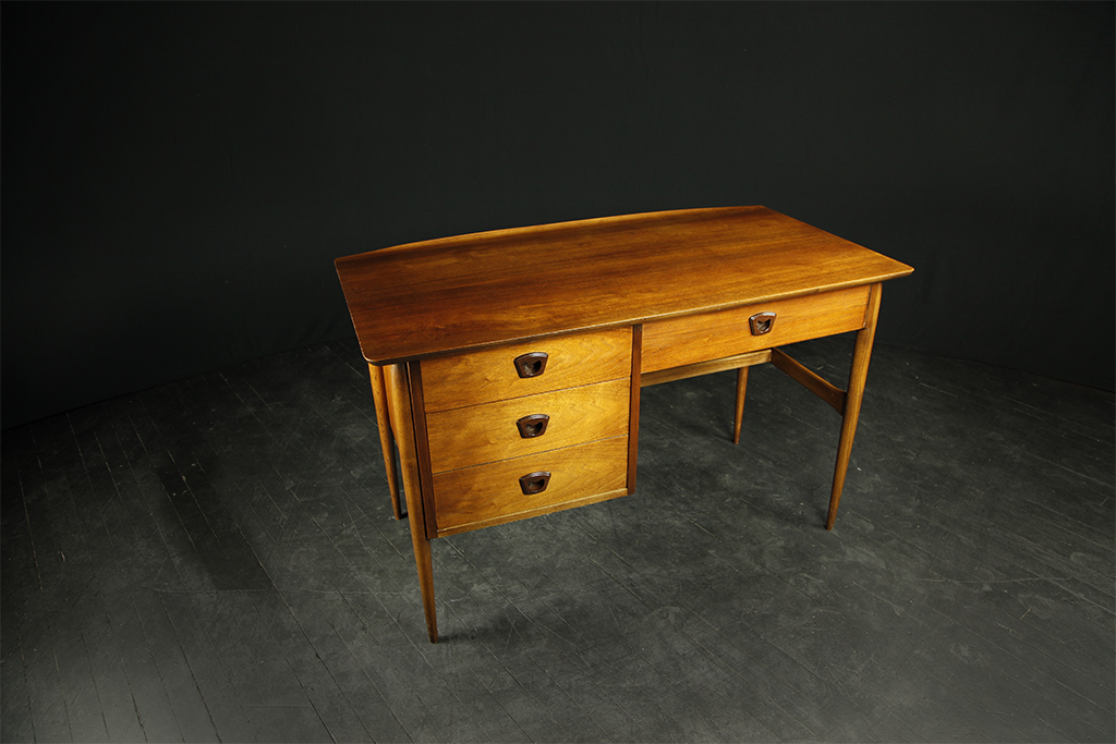 Mid Century Modern Desk By Bassett Furniture Mcm