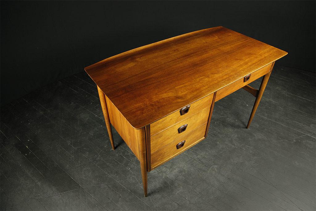 Mid Century Modern Desk By Bassett Furniture Mcm